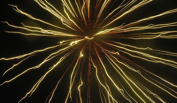 Independence Day: Fireworks or Fizzle? www.dealcloserblog.com
