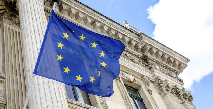 Collaboration Under New General Data Protection Regulations in the European Union
